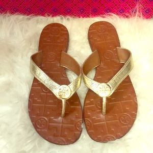 Tory Burch Thora Metallic Leather Thong Sandals
